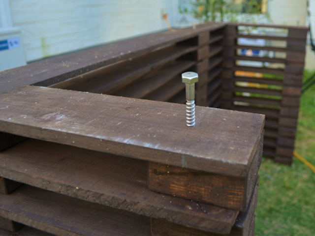 DIYでおしゃれな格安室外機カバーを自作